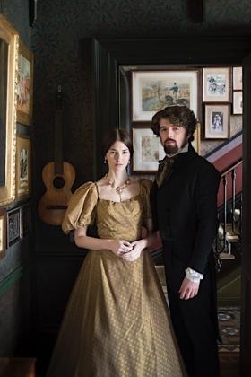 RJ-Victorian Couple-Set 1-030