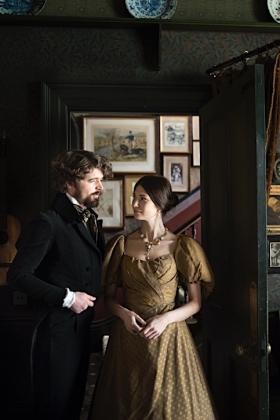 RJ-Victorian Couple-Set 1-037