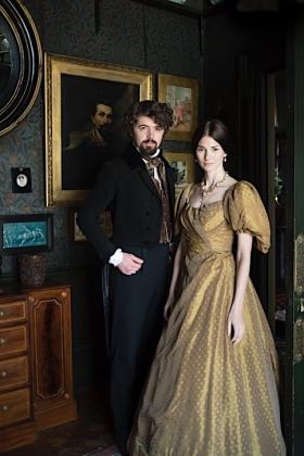 RJ-Victorian Couple-Set 1-039