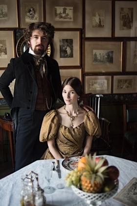 RJ-Victorian Couple-Set 1-049