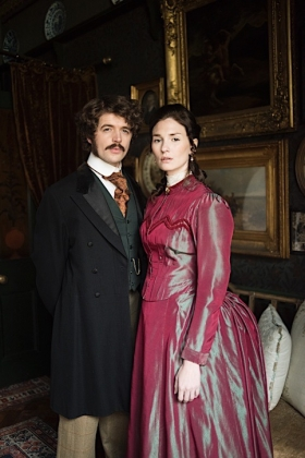 RJ-Victorian Couple Set 3-005