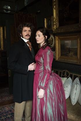 RJ-Victorian Couple Set 3-015