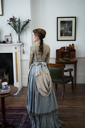 RJ-Victorian Women-Set 12-135