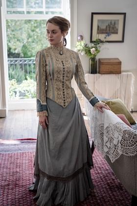 RJ-Victorian Women-Set 12-195