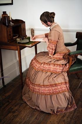 RJ-Victorian Women-Set 14-154