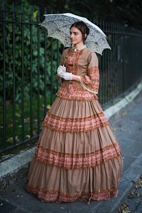 RJ-Victorian Women-Set 15-037