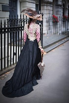 RJ-Victorian Women-Set 16-042