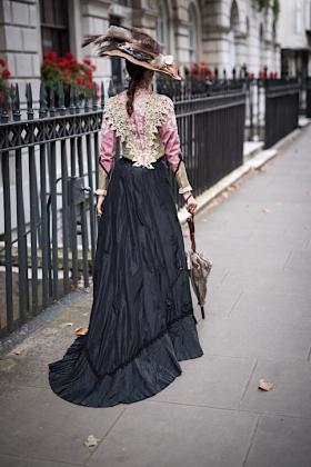 RJ-Victorian Women-Set 16-060