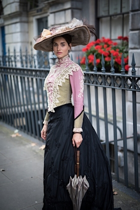 RJ-Victorian Women-Set 16-071