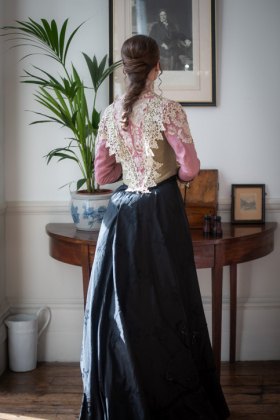 RJ-Victorian-Women-Set-17-003