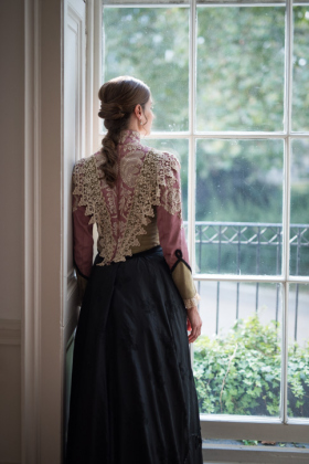 RJ-Victorian-Women-Set-17-020