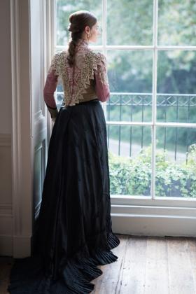 RJ-Victorian-Women-Set-17-024