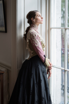 RJ-Victorian-Women-Set-17-035