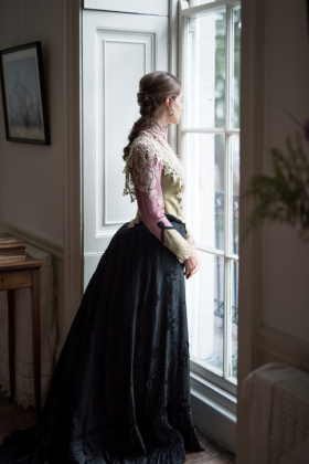 RJ-Victorian-Women-Set-17-037