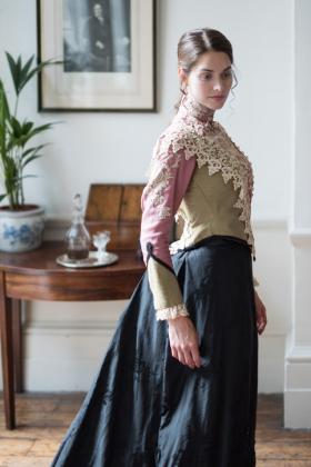 RJ-Victorian-Women-Set-17-045