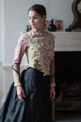 RJ-Victorian-Women-Set-17-047