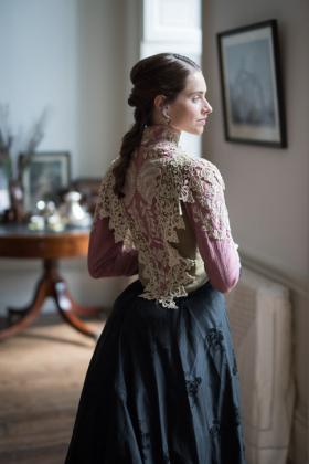 RJ-Victorian-Women-Set-17-055