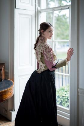 RJ-Victorian-Women-Set-17-063