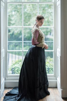 RJ-Victorian-Women-Set-17-068
