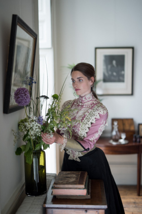 RJ-Victorian-Women-Set-17-079