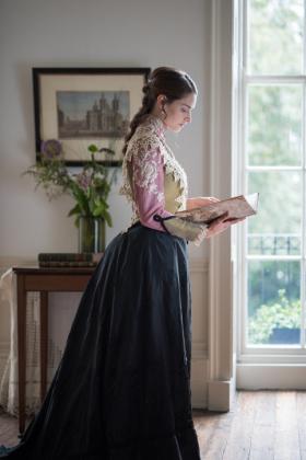 RJ-Victorian-Women-Set-17-083