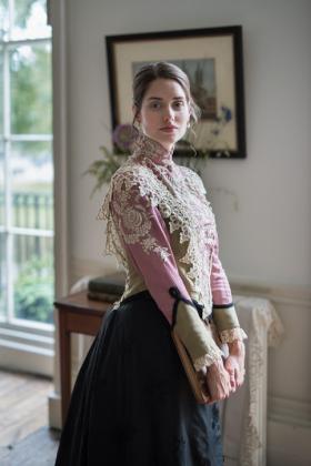 RJ-Victorian-Women-Set-17-088