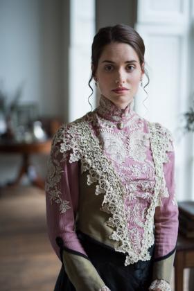 RJ-Victorian-Women-Set-17-089