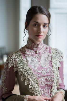 RJ-Victorian-Women-Set-17-090