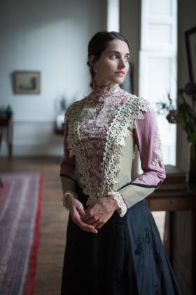 RJ-Victorian-Women-Set-17-095