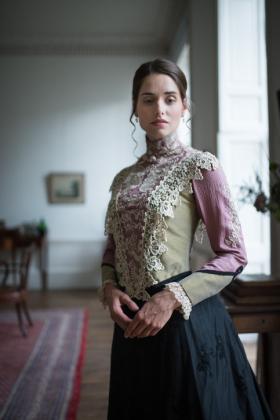 RJ-Victorian-Women-Set-17-097