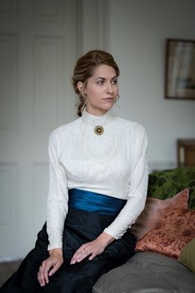 RJ-Victorian Women-Set 19-007