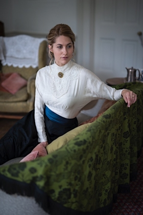 RJ-Victorian Women-Set 19-062
