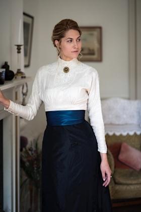 RJ-Victorian Women-Set 19-099