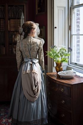 RJ-Victorian Women-Set 20-038