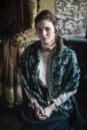 RJ-Victorian Women Set 42-018